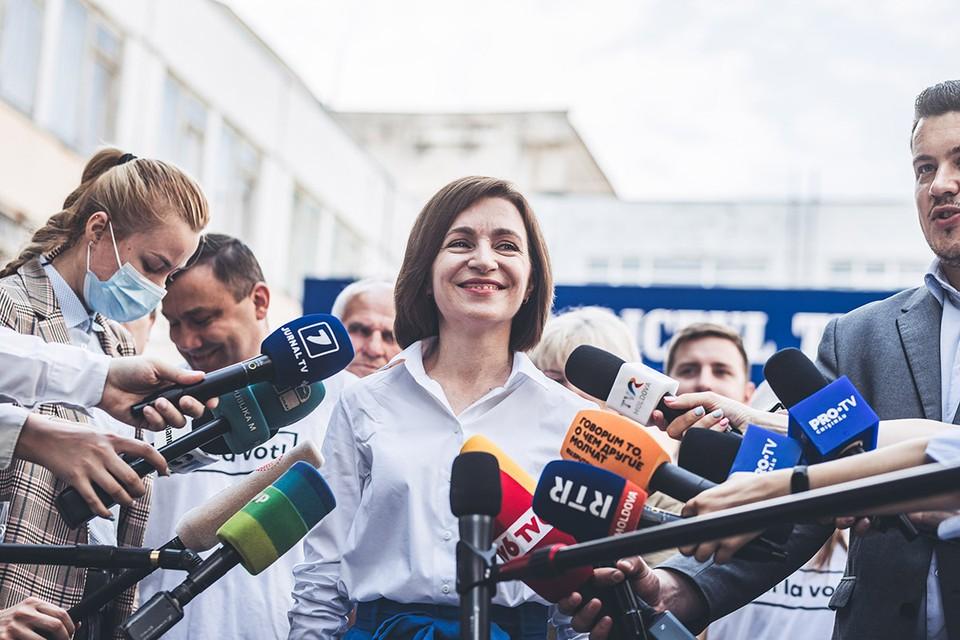 В Молдавии случился большой политический разворот. 11 июля на досрочных выборах в парламент, большинство голосов — 52,7% получила партия «Действие и солидарность» президента Майи Санду.
