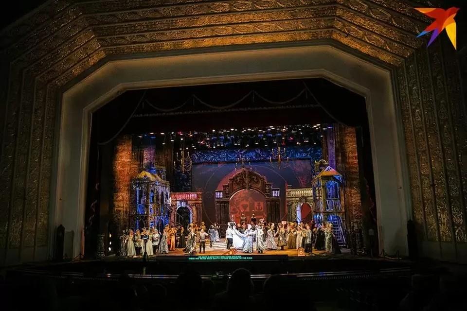 Сейчас сходить на постановки в белорусские театры – не проблема.