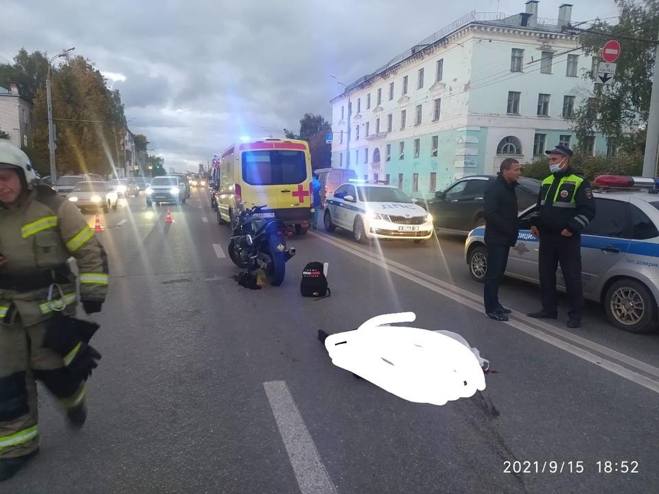 ДТП с мотоциклистом на ул. Удмуртской в Ижевске